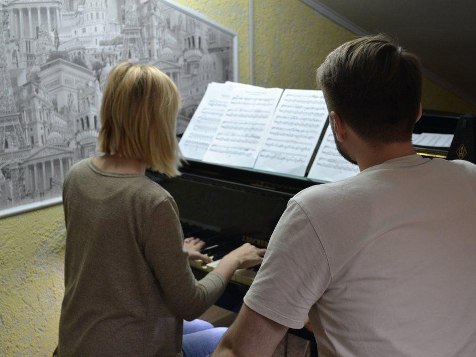 Курсы игры на фортепиано в Сочи