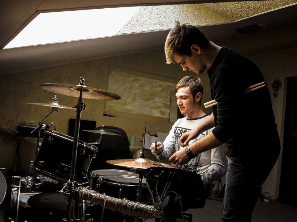 Уроки игры на барабанах в Сочи